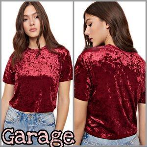 Garage   Women's Red Cropped Velvet Tee Shirt SZ L